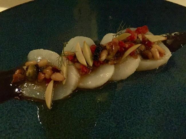 sashimi style scallops at Topolobompo