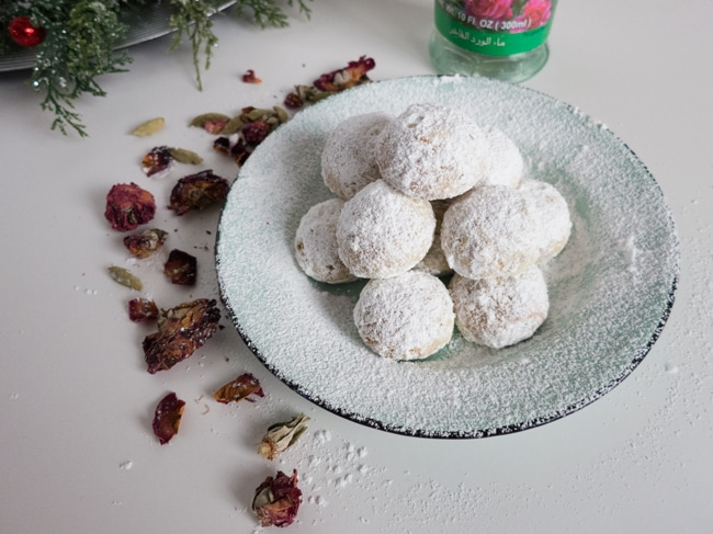 Rose Cardamom And Pistachio Snowballs A Simple But Exotic Holiday Cookie