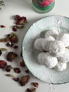 Rose, Cardamom & Pistachio Snowballs