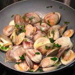 In the Kitchen with Yumivore: Sake Steamed Clams