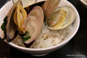 sake steamed clams